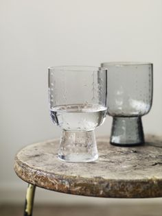 Iittala Sarjaton tableware range designed by Harri Koskinen, Aleksi Muokka, Musuta and Samuji