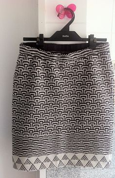 Ravelry: staq's Mosaic and fairisle Skirt skirt