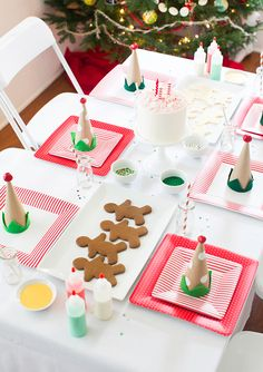 Adorable Christmas Cookie Decorating Party Table Design #tabledesign #centerpieces #cookies