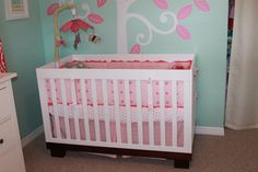 Baby girl's pink + aqua nursery! Starring #Babyletto #Modo Crib on @Project Nursery + Project Junior