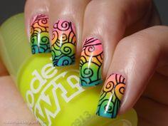 Neon Rainbow Gradient - Nail art