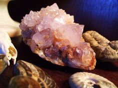 8 POWERFUL AND BEAUTIFUL HEALING CRYSTALS THAT PROMOTE ENERGETIC AND HOLISTIC HEALTH