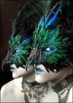 peacock feathers, costum, masquerade ball, peacock mask, venetian masks