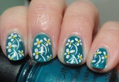 Spring Nails With Small White Flowers