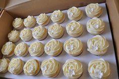 very pretty cupcakes!
