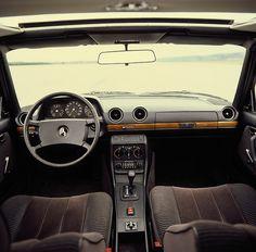 Mercedes W123 Interior