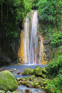 Diamond Falls, St. Lucia.
