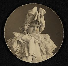 Citation: Katharine Lane Weems as a little girl, ca. 1902 / unidentified photographer. Katharine Lane Weems papers, Archives of American Art...