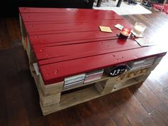 my diy pallet coffee table! (color used : Basque Red)