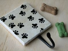 leashes?? Cute Dog Paw Prints, Pet Leash Hook, Painted Ceramic Wall Tile, Fun Animal Paws Wall Hook Organizer, Key Hanger, Key Holder, Pet Accessories