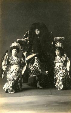 Kabuki – Shunkyō Kagami Jishi 1910s, Japan