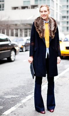 sporty chic, fashion, style, flare leg, tory burch, outfit, flare jean, leg jean, coat