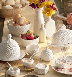 Rosanna Farmhouse Dishware @LaylaGrayce available at @LaylaGrayce #laylagrayce #lgblog #hobnail