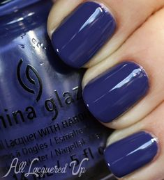China Glaze - Queen B