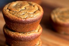 This is a breakfast muffin you can choose with confidence! Almonds, bananas and oats come together to create Running With Spoons'healthyFlourless Banana Bread Muffins. The bananas are high in pot...