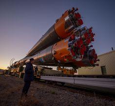 Foguete Soyuz  (Propulsores) - Esta foto foi tirada em 21 de outubro de 2012 em Qyzylorda, Cazaquistão, usando uma uma Nikon D4.