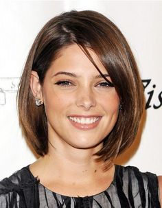 The neck-length hairstyle looks cute and neat. The fine smooth hair lays neatly along the sides of the face and in the fringe area. The two sides are textured along the bottom edge with a slight razor-cut or point-cut skill to make the blunted hairline softer, yet leaving the hairstyle with wonderful and defined shape. … Bobs Haircuts, Bobs Hairstyles, Shorts Hair, Hair Cut, Medium Hair, 2014 Medium, Hair Style, Green Hairstyles, Ashley Green