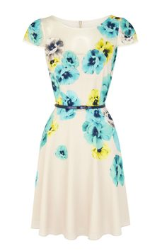 Zurie dress// gorgeous for spring//