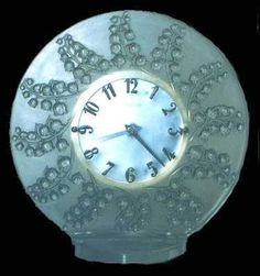 Lalique Lily of the Valley Clock with a Mother of Pearl Face.Lovely! [muguet_clock.jpg]