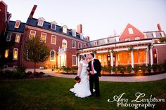 Love Grows Photography Studio & Gallery Blog: Romantic Wedding at The Exeter Inn ~ Exeter, NH