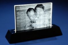 Say 'Thanks, Dad' with a personalized 3D crystal that perfectly captures any moment.