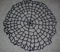 SPIDERWEB TABLE TOPPER - free crochet pattern