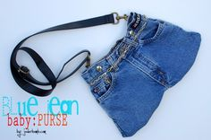 Blue jean purse tutorial - super easy way to turn old jeans into new accessory - size of jeans determines size of purse - (love it!)