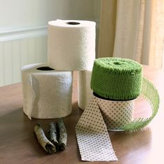 Making Pumpkins From Toilet Paper Rolls and Ribbon
