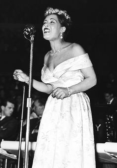 Billie Holiday performing on Valentine's Day 1954, photographed by Harry Hammond.