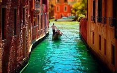 Venice, Italy    photo via nibra
