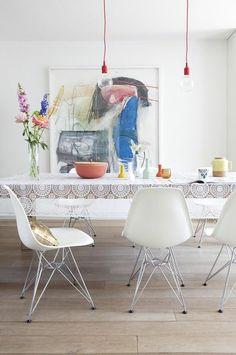 pretty table cloth! airy and feminine