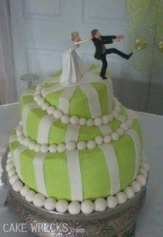 Cakewrecks.com you crack me up again... Wedding cake nightmares.
