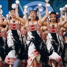 maori women performing a Poi dance - New Zealand