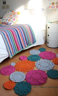 Doily crochet rug