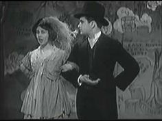 """""""Manhattan"""", first hit song from Rodgers and Hart, from the musical revue Garrick Gaieties"""