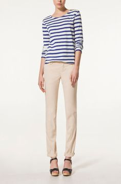 STRIPED T-SHIRT WITH ZIP