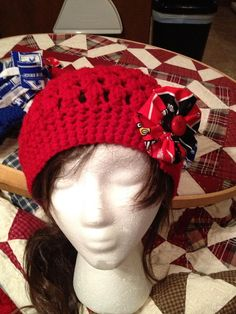 University of Louisville Hat hand made by LilCsBoutique on Etsy, $15.00