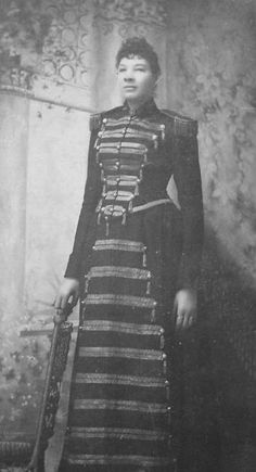 Ella Ewing Was Born In Louis County, Missouri. She Grew To Over 7 foot 3 inches and passed at age 40 and is buried In  Rutledge, Missouri