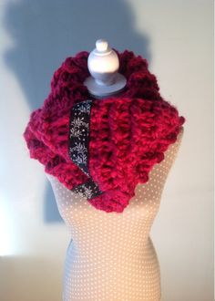 beautiful #crochet cowl scarf by Etsy's LittleStitchingWitch