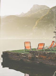 Fresh water lake early in the morning, small mountain village, Hallstatt, Austria © Ryan David Ahern #austria #upperaustria #hallstatt #summer #lake #visitaustria