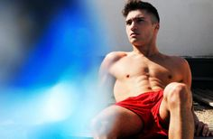 More on Best Gay Blogger  - http://www.bestgaybloggers.com/blurred-red-short-bulge-on-a-gay-sportsman-4/