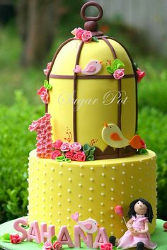 Fly away….. - by Priya Maclure @ CakesDecor.com - cake decorating website