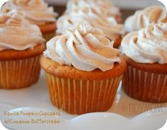 vanilla pumpkin cupcakes with cinnamon buttercream from @Cheryl Sousan | Tidymom.net Cheryl