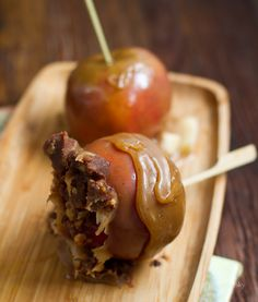 Peanut Butter Cup Caramel Apples - Vegan