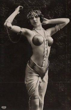 glorious goddess, burlesqu