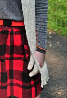 scarf with pockets - so cool
