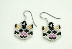 Beaded Cat Earrings Made With Delica Beads by SmileykitCreations, $14.50