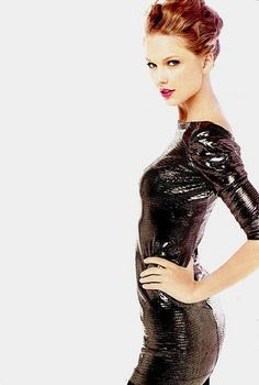 Taylor Swift by anneofgreengables2008, via Flickr