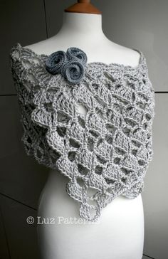 Crochet pattern Summer Evening wrap crochet pattern by Luz Patterns #crochetpattern #crochet