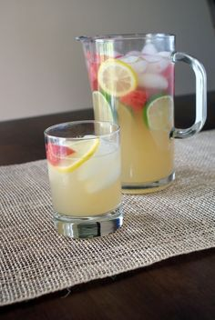 watermelon lemonade - sounds so good right now.